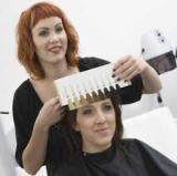Як визначити свій колір волосся: рекомендації, вибір типу і підбір ідеального кольору