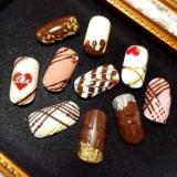 Шоколадний манікюр: тільки б не з\'їсти